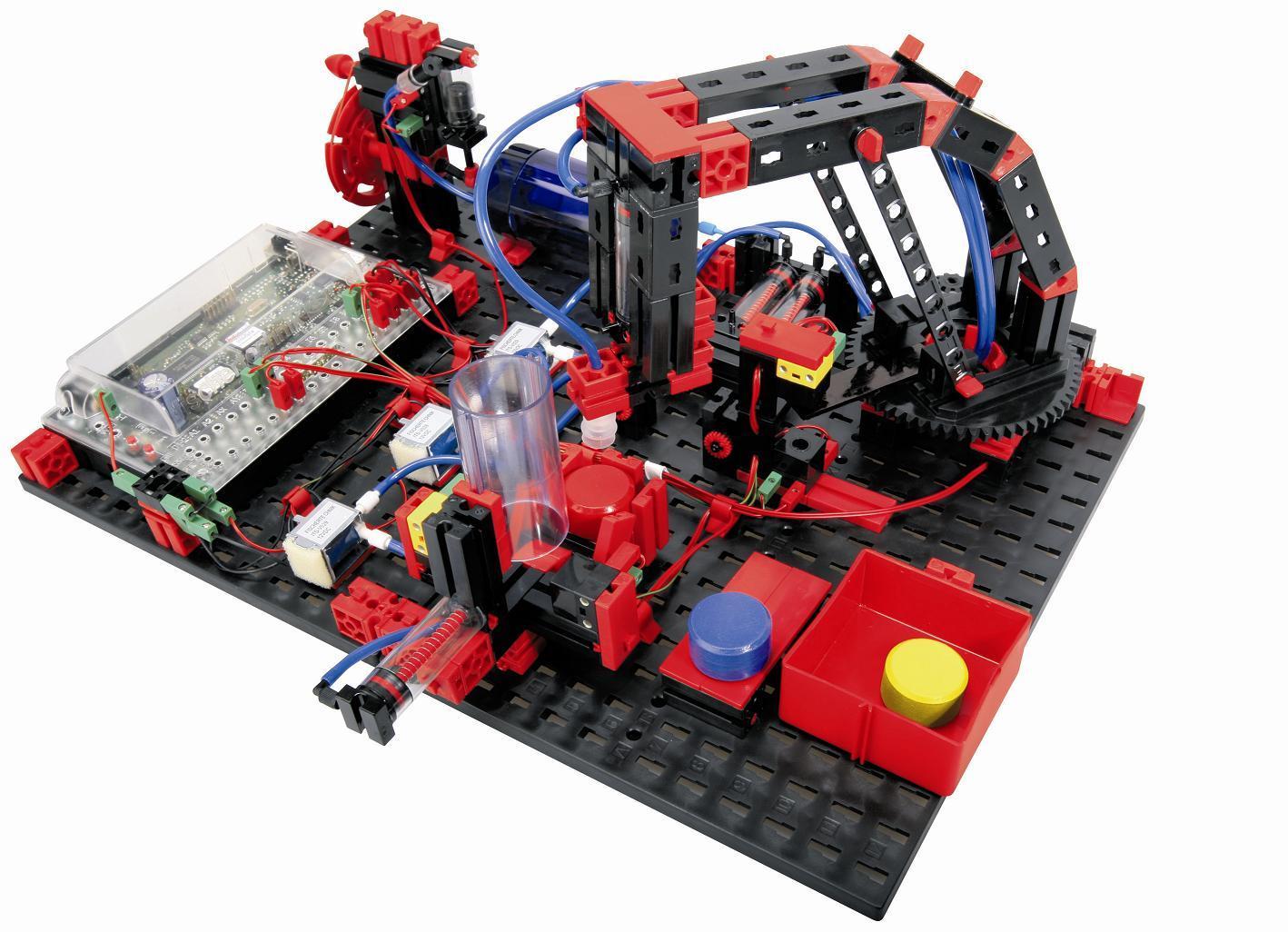 http://www.cc-c.de/fischertechnik/images/ft_museum/08_robo_pneuvac_model.jpg